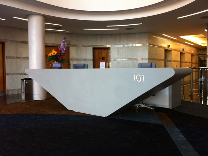 bespoke office furniture custom made reception desks shopfitters rh receptiondesks4u co uk